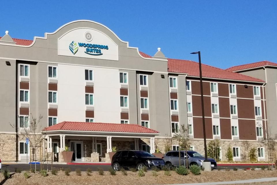 Woodspring Suites photo